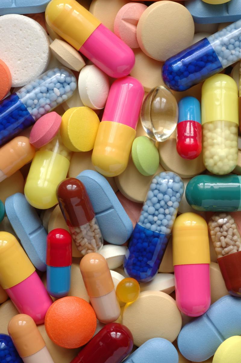 multivitamin-tablets