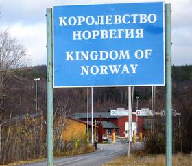 norway-passport-border-russia