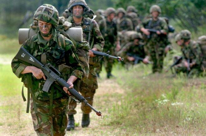 British_soldiers