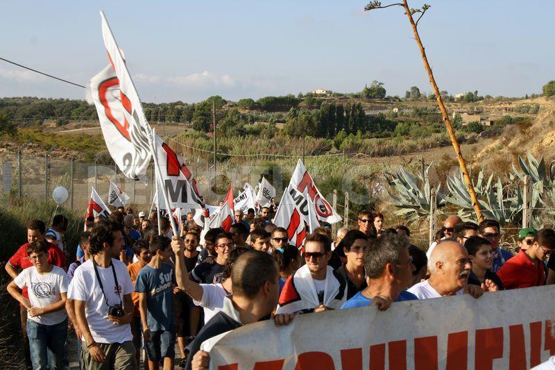 sicilians against muos