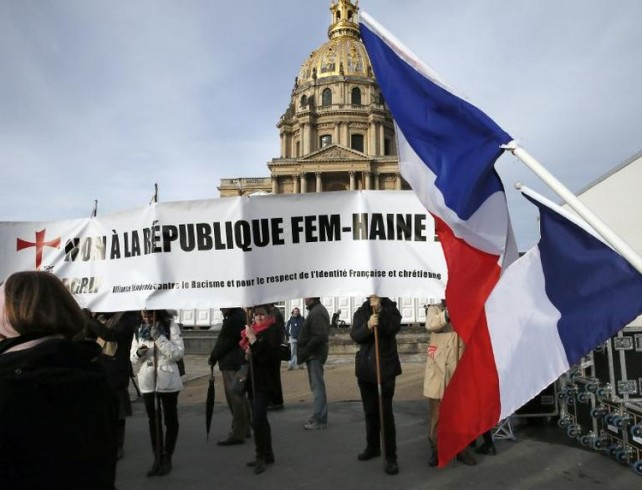 femen paris manifestation